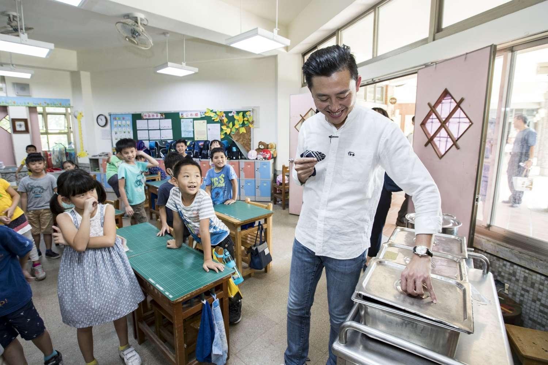 全台唯一!竹市46所市立中小學營養午餐「三章一Q」100%達標 獲農委會近3千萬獎勵金肯定