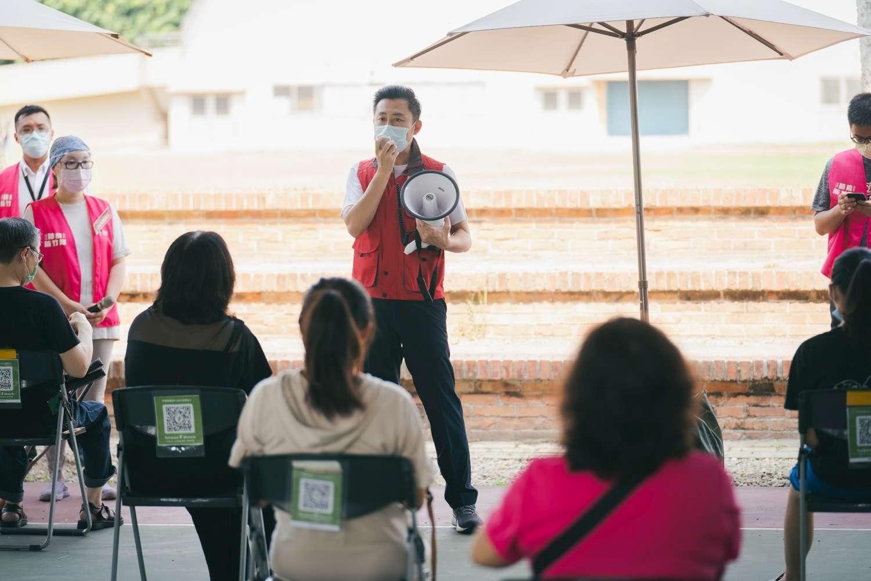 竹市明起為公私立國小教師接種 市長林智堅:近4千名教職員週三完成施打活動照片i